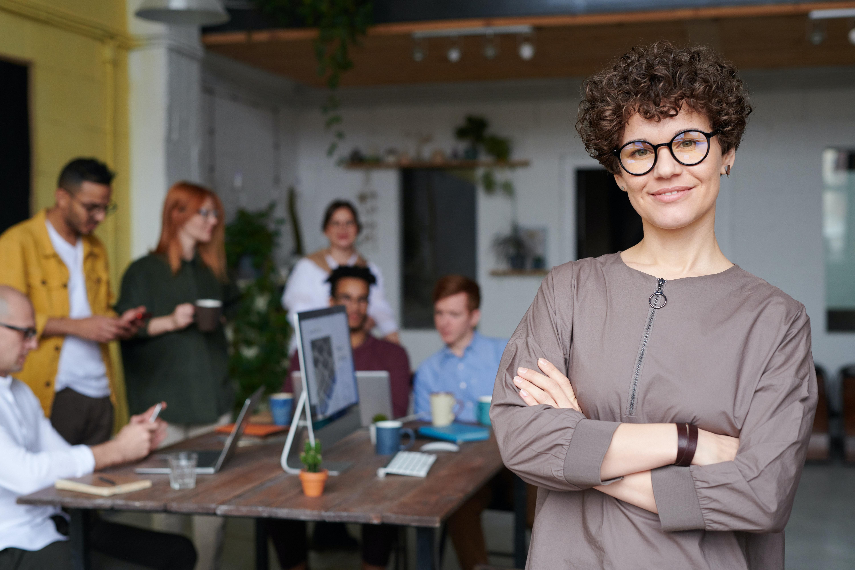 Agence vs plateforme d'influence  4 questions pour trouver votre solution idéale_Hivency Le blog