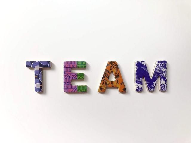 Merakist-co-branding-influenceur-Hivency